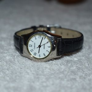Vintage Carriage by Timex Calendar Indiglo Watch